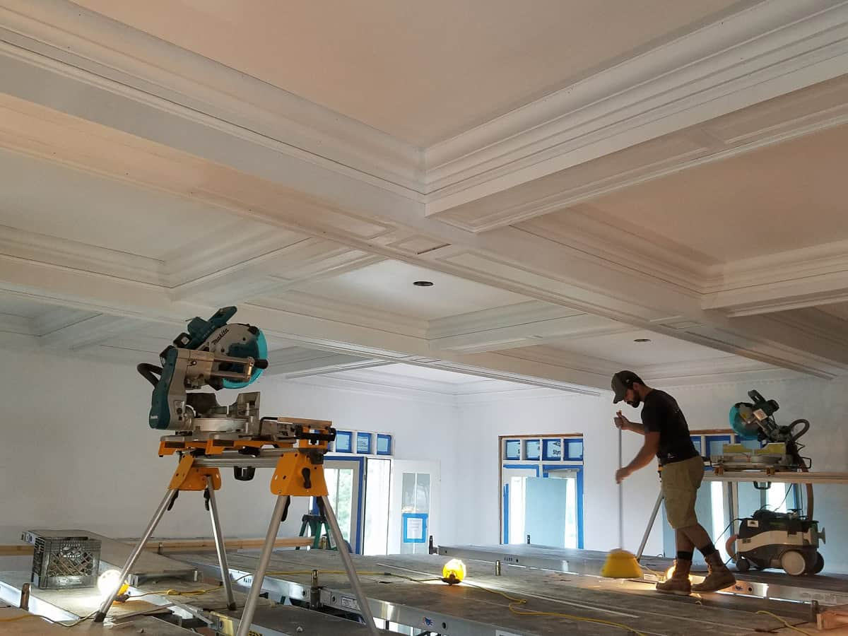 Crown Molding Services-Victoria TX Professional Painting Contractors-We offer Residential & Commercial Painting, Interior Painting, Exterior Painting, Primer Painting, Industrial Painting, Professional Painters, Institutional Painters, and more.